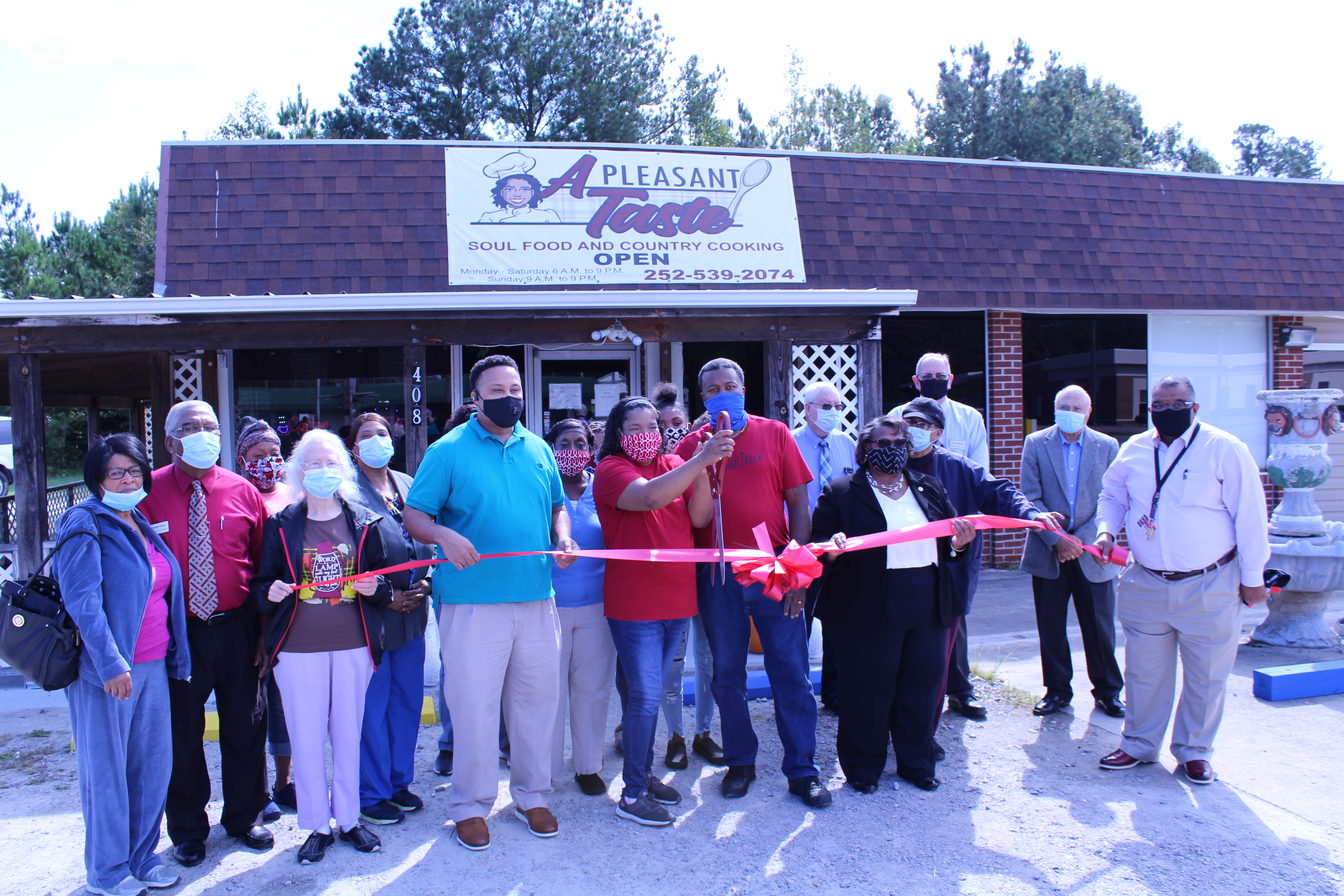 A Pleasant Taste Restaurant Ribbon Cutting